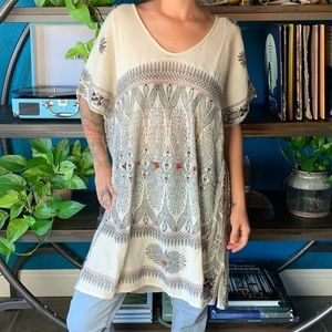 FREE PEOPLE X NEW ROMANTICS tunic W/ jewel detail